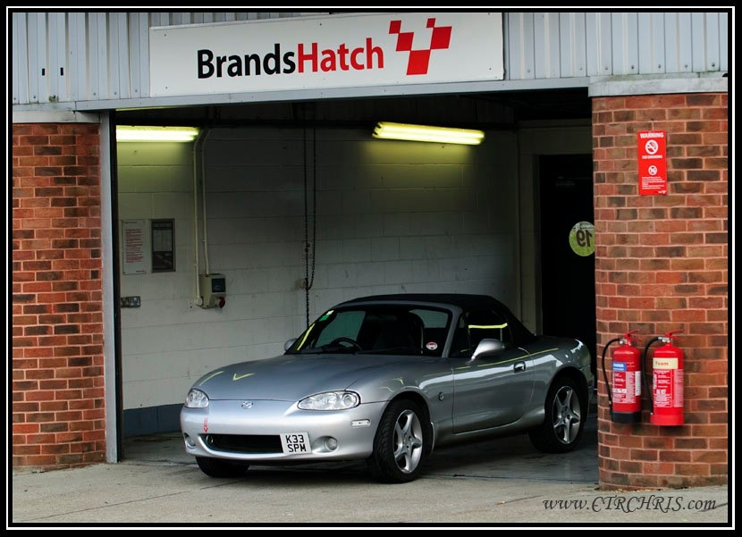mazda mx5 mk2 5 1 8 s vt sport 2003 garage system mx5nutz forum. Black Bedroom Furniture Sets. Home Design Ideas